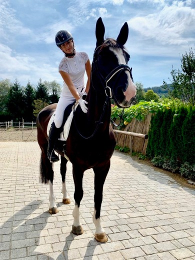 Selina / Massey Equestrian International