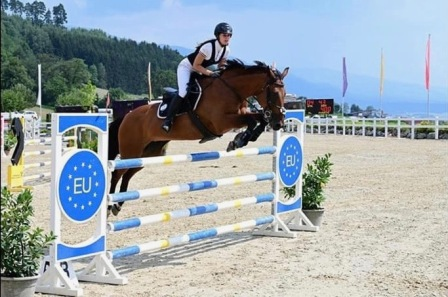 Dina Mercedes Bernthaler auf Joy / Massey Equestrian International